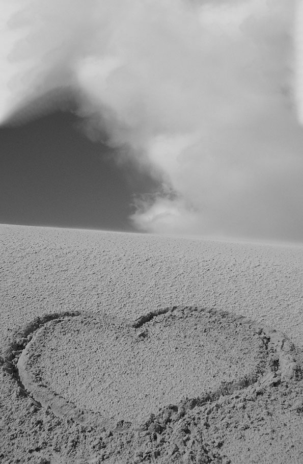 Herz in Sand gezeichnet
